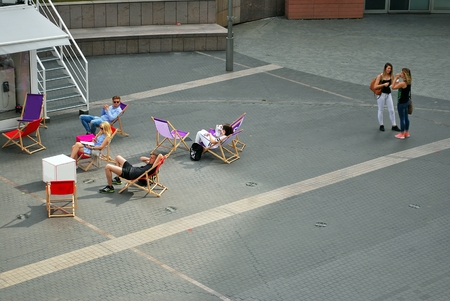 street life: street life