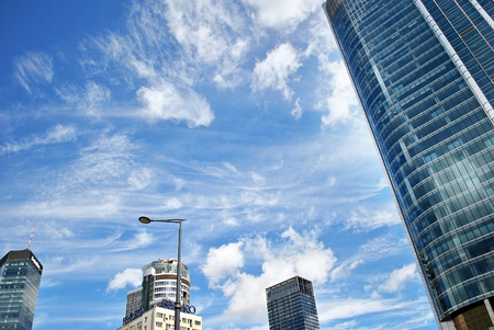 reverberation: Modern building