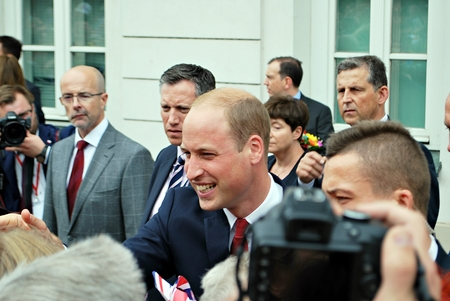 Warsaw, Poland.17 July 2017.Prince William among the crowds in Warsaw.Huge crowds of people have been pictured cheering Kate and William along on their royal visit. Sajtókép