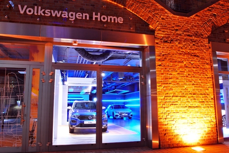 Warsaw, Poland. 19 November 2017. Volkswagen Home is like no other known car showroom.Volkswagen decided to create a unique project, Volkswagen Home, and invited mode: lina   studio architects from Poznan