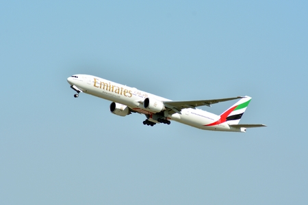 Warsaw, Poland.4 May 2018. Passenger airplane Boeing 777-300 ER Emirates Airlines is flying from the Warsaw Chopin Airport runway 報道画像