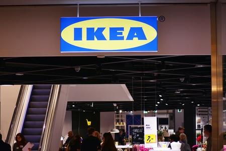 Warschau, Polen. 10 november 2018. Teken Ikea. Ikea bedrijf uithangbord.