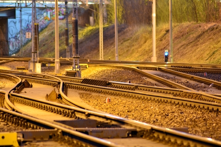 Confusing railway tracks at night Zdjęcie Seryjne