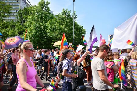 Warsaw, Poland. 8 June 2019. Warsaw's Equality Parade.The largest gay pride parade in central and eastern Europe brought thousands of people to the streets of Warsaw. Foto de archivo - 128668161
