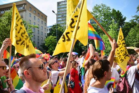 Warsaw, Poland. 8 June 2019. Warsaw's Equality Parade.The largest gay pride parade in central and eastern Europe brought thousands of people to the streets of Warsaw. Foto de archivo - 128668181