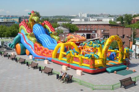 Children39s 膨脹可能な遊園地。イルクーツク