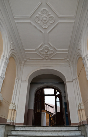pilasters: Decorated old entrances, hidden away from the facades - a phenomenon of Tbilisi Editorial