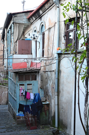 intimately: Old house with traditional loundry in Tbilisi