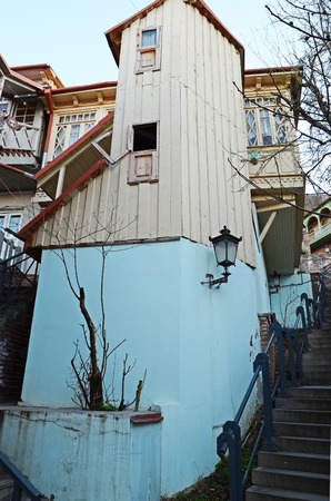 noteworthy: Unusual small dwelling in the old town in Tbilisi