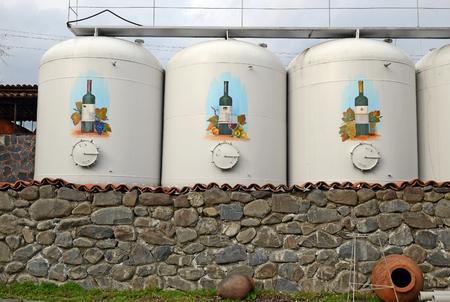クバレリ Kinzmarauli 法人ワイン工場。カヘチ地方、ジョージア。