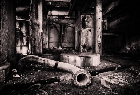bedrijfshal: Verlaten industrieel gebouw Stockfoto