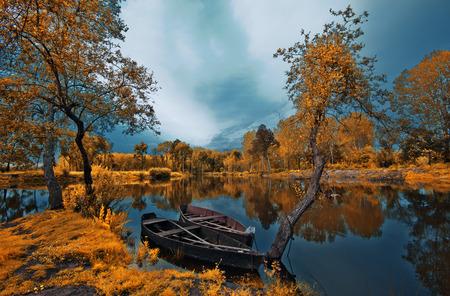 강 공원 스톡 콘텐츠 - 83332736