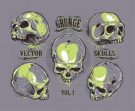 Grunge schedels vector set. Met de hand getekende schedels. Vector illustratie.