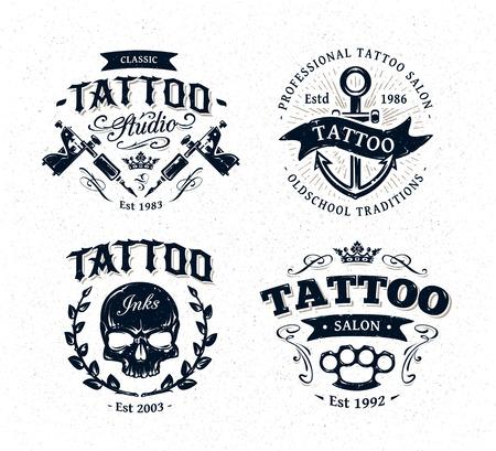 calaveras: Vector plantillas de estudio ilustraci�n sobre fondo blanco tatuaje. Fresco estilo retro emblemas de vectores. Vectores