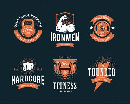 Set van retro stijl fitness emblemen. Vintage gym icoon sjablonen. Vector illustraties. Stock Illustratie