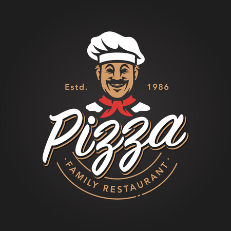 Pizza embleemontwerp met lachende chef-kok. Pizzeria vector logo sjabloon op zwarte achtergrond. Vector embleem voor café, restaurant of eten bezorgservice.