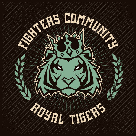 Emblem design template with tiger in crown looking danger on grunge backdrop. Classic style. Vector print. Ilustração