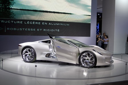 Jaguar nuova concept car: CX-75 a PAris auto mostra 2010 Archivio Fotografico - 8194492