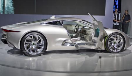 beautiful angry: Jaguar new concept car CX-75 at PAris auto show 2010