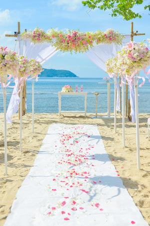 bautiful wedding set up on the beach, wedding ceremony