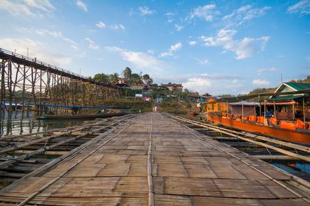 longest: Mon bridge is the longest wooden bridge of Thailand, Kanchanaburi Province