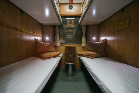 4-bed sleeper train, indoor