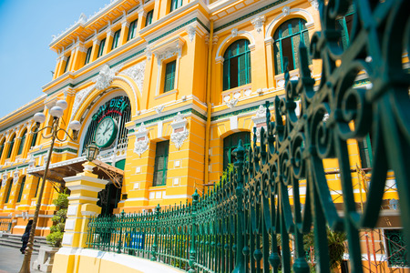 胡志明市,越南03月17日:胡志明市中心郵政局,美麗郵局Hojimin於2015年3月17日越南