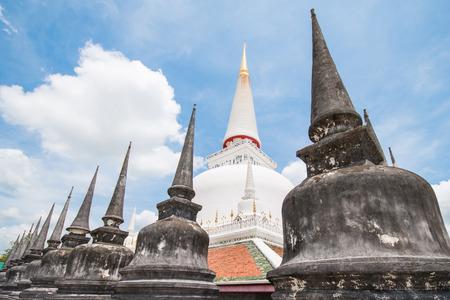 chant: Nakon Sri Tammara, 9 Apr :: Wat Phra Mahathat important temple of Nakon Sri Tammarat province , on 9 Apr 2015 Thailand