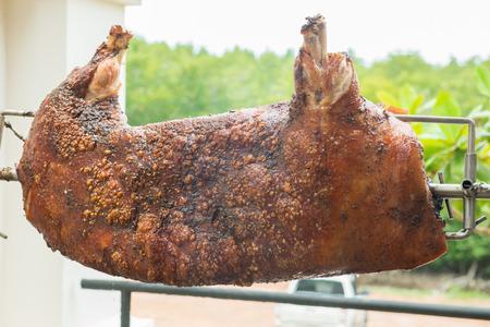 spanferkel: Spanferkel �ber Herd, Lebensmittel Lizenzfreie Bilder