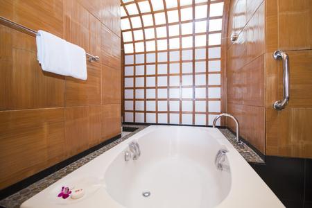 modern bathroom: beautiful modern  bathtub, bathroom