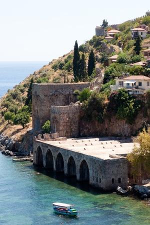 Der Türkei. Die Ruinen der osmanischen Festung in Alanya Standard-Bild - 10575605