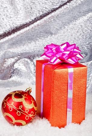 Christmas ball and gift box Stock Photo - 11271418