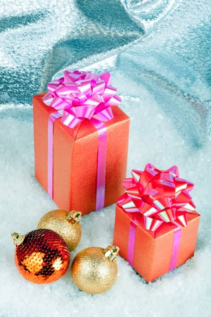 Christmas ball and gift box Stock Photo - 11271419