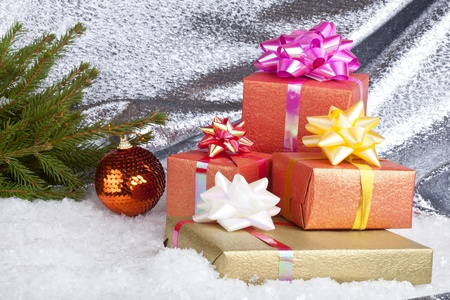 Christmas ball and gift box Stock Photo - 11271421