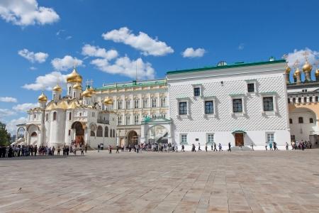 cavalryman: MOSC� - 30 DE JUNIO: La guardia del presidente de Rusia muestra la representaci�n de los hu�spedes en el Kremlin de Mosc� el 30 de junio de 2012 en Mosc�