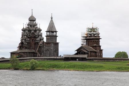 onega: Wooden churches on island Kizhi on lake Onega, Russia