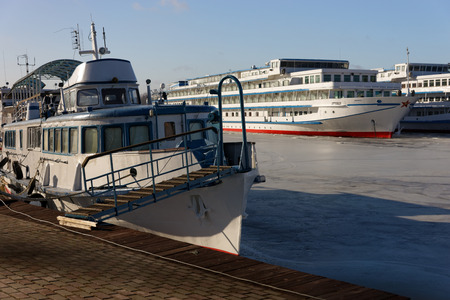 shiprepair: Passenger ships are wintering in the bay. Khlebnikov, ship-repair factory.