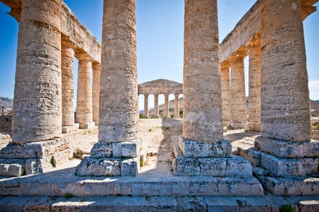 journeying: Ruins of doric temple in Sgesta, near Trapani Stock Photo