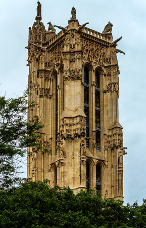 jacques: Paris, Flamboyant Gothic Tower Saint- Jacques, rue Rivoli