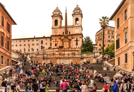 Spagna: ROME, ITALY-MAY 23, 2013: The Spanish Steps, Piazza di Spagna is one of the most famous squares of Rome, Italy