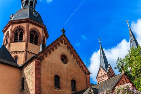 benedictine: Bas�lica y abad�a benedictina en Seligenstadt, Alemania