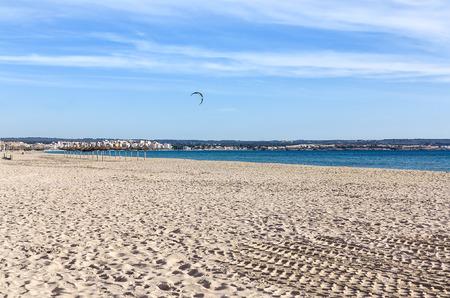 mallorca: Miles Long sandy beach of Palma de Mallorca, Balearic Islands, Mediterranean Sea, Spain
