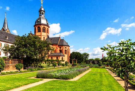 river main: Convent Garden and Basilica in Seligenstadt, historic town on the Banks of the River Main, Germany Stock Photo