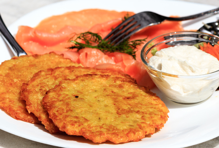horseradish sauce: Delicious potato pancakes with smoked salmon and horseradish sauce
