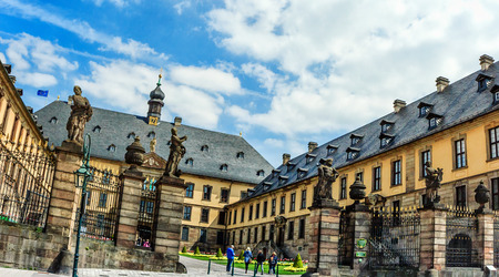 princely: The baroque town Fulda castle which built between 1706 and 1714 as the residence of the Fulda princely bishops, Hesse, Germany