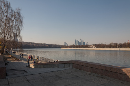 moskva river: Moskva River Embankment in the early spring overlooking the Moscow city