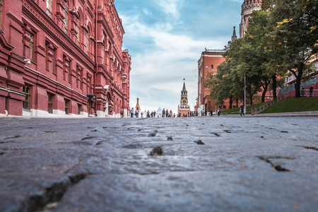 spasskaya: View of Spasskaya Tower on Red Square from a small path