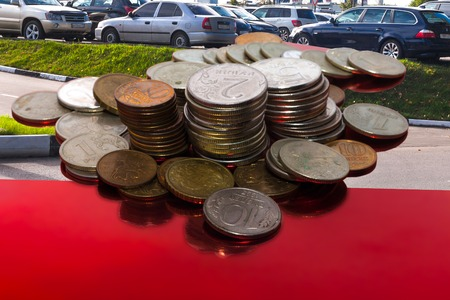 world market: the cumulative cost of possession of the car in Russia is inversely proportional oil costs in the world market Stock Photo