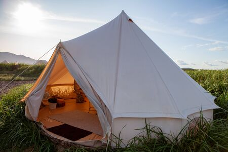 Glamping on the Pacific coast in an ecologically clean place in Russia. Kamchatka. Selective focus Imagens