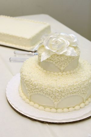 simple wedding cake at reception